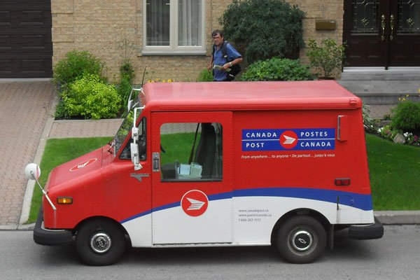 As Canada Post Talks Drag On, Relevance Continues to Erode