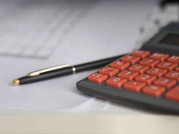 Busting Severance Pay Myths: Key Factors To Keep In Mind